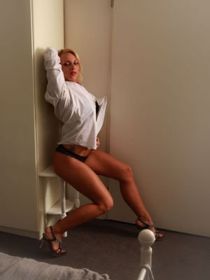 Auteur model Willeke Bartels -